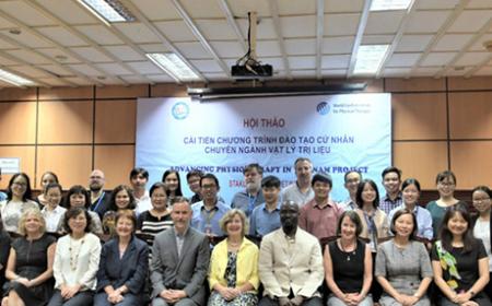 Liên đoàn Vật lý trị liệu thế giới hỗ trợ vật lý trị liệu Viêt nam